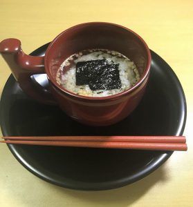 大きなマグカップ(輪島塗)でお茶漬け